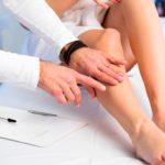 Как скрыть вены на ногах?