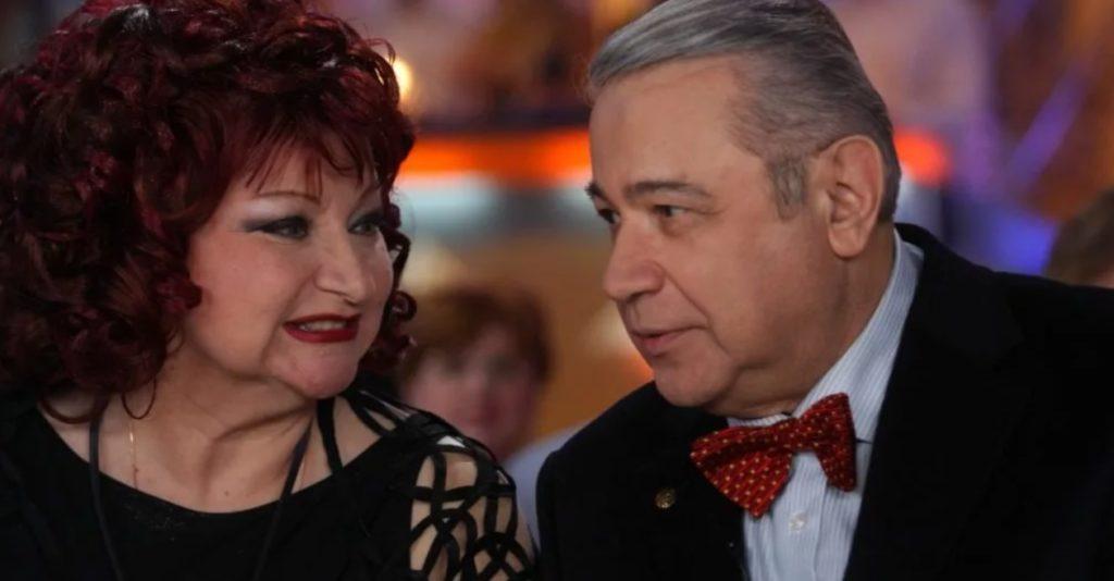 Евгений Петросян жалеет о разводе с Еленой Степаненко